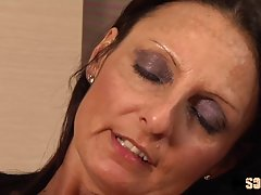 Mature, Italian brunette, Barbara got spit- roasted during a...